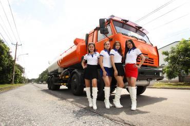 Tổng hợp các hợp ảnh xe Kamaz bồn nhựa đường và bồn xăng dầu